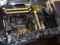PC124799.jpg : OLYMPUS E-P5, OLYMPUS M.12-40mm F2.8, 1/40sec F4.0 ISO-800, 露出補正:0EV