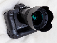 P3318574.jpg : OLYMPUS E-M5MarkII, OLYMPUS M.45mm F1.8, 1/250sec F11.0 ISO-2000, 露出補正:0EV